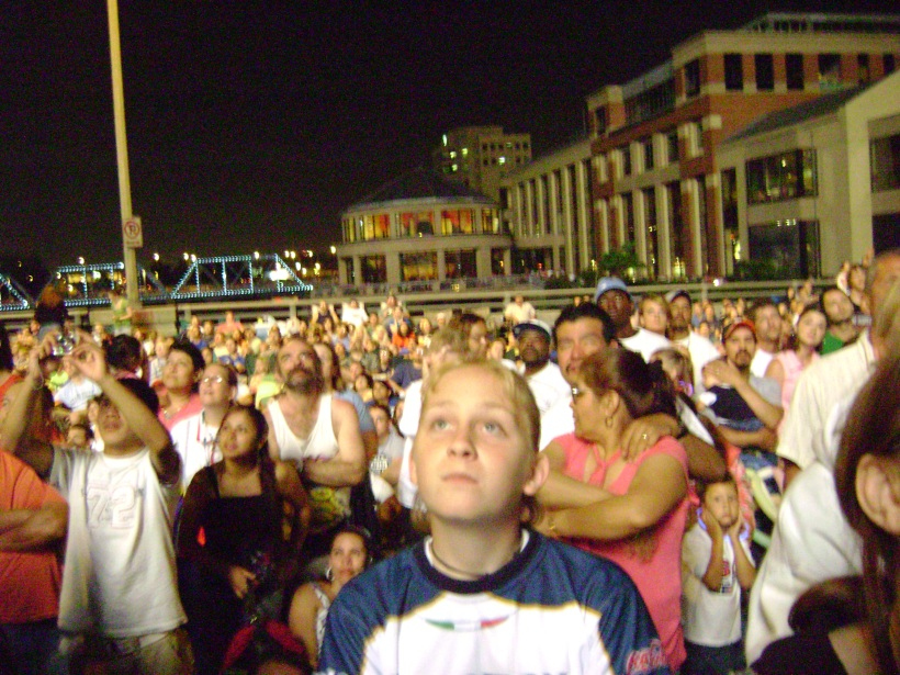 Watching Fireworks from Pearl Street Bridge: Fourth of July 2006